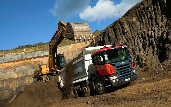 Tipper-Trucks-for-sale-South-Africa