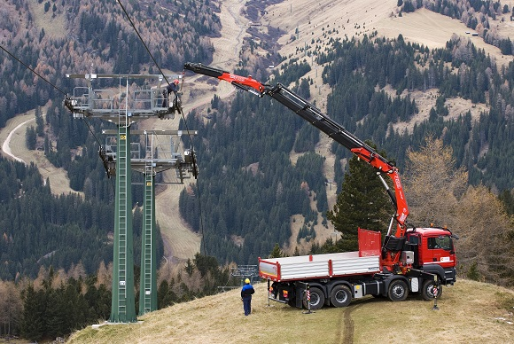 Fassi-Crane-Trucks-For-Sale