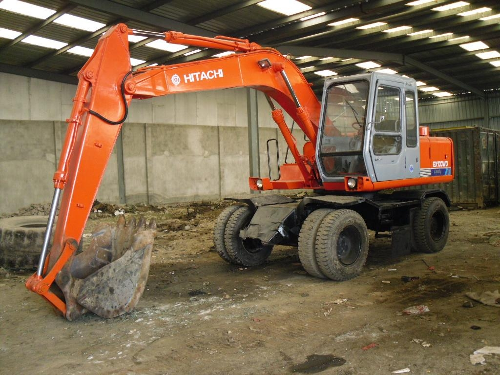 HITACHI_Excavators