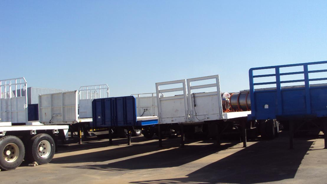 http://www.truckandtrailer.co.za/trucks/trailers-henred-superlink-super-link-trailer