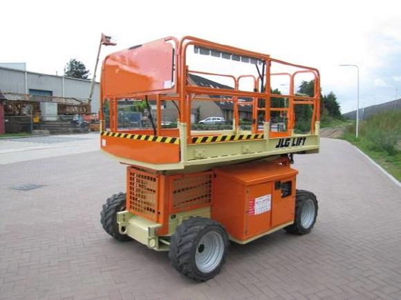 JLG-260-MRT-Scissor-Lift