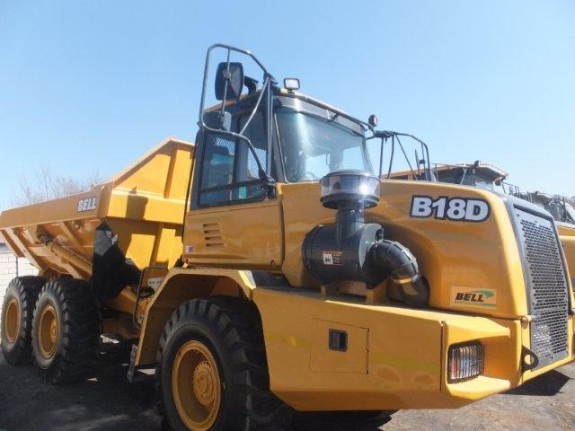 Bell-B18D-water-tank-truck