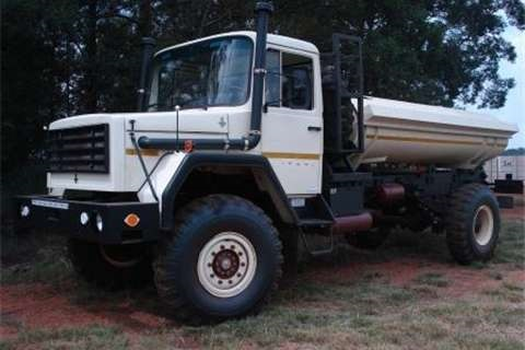 SAMIL-water-tanker-truck-for-sale