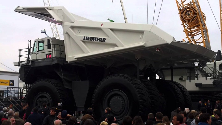 Liebherr-TI-274-Dump-truck