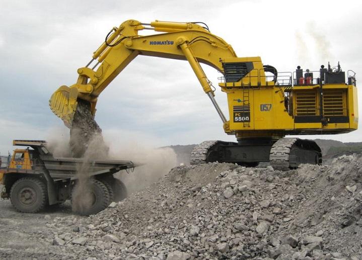 Komatsu-PC5500-Excavator