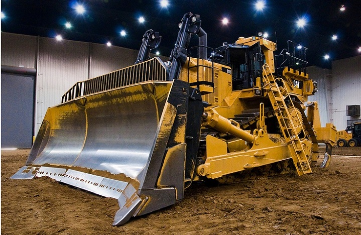 The-Caterpillar-D11T-Bulldozer