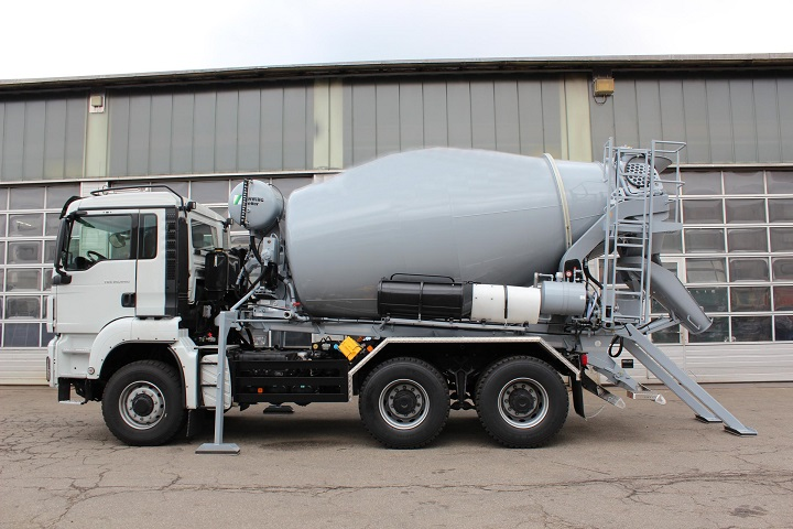Concrete-Mixer-truck-stationary
