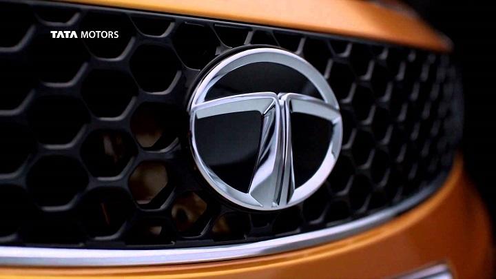 Tata-Vista-badge-orange