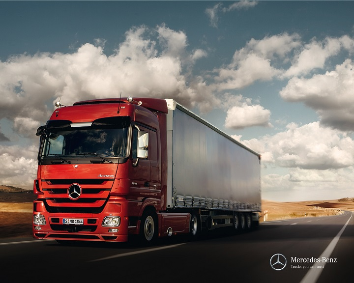 Mercedes benz actros a home away from home truck for Mercedes benz trucks