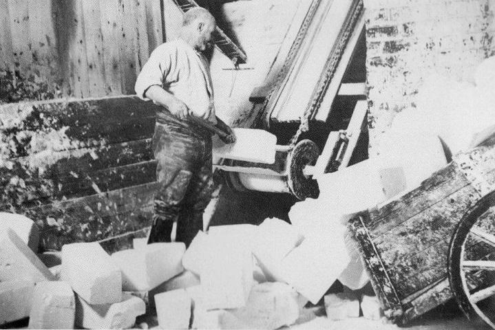 old-conveyor-belt