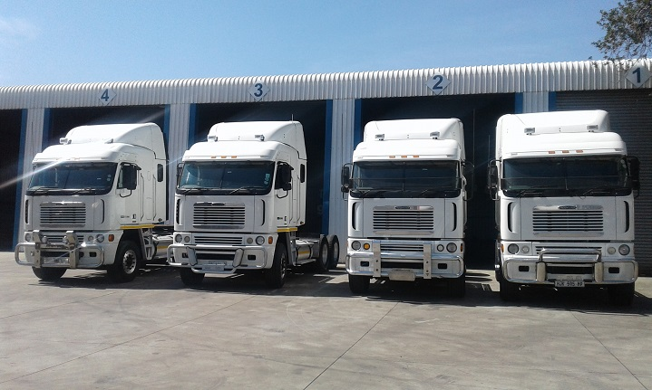 Freightliner-Argosy-Trucks-For-Sale