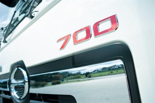 Hino-700-Series-Trucks