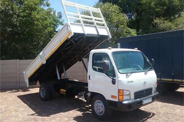 Hyundai-HD72-truck