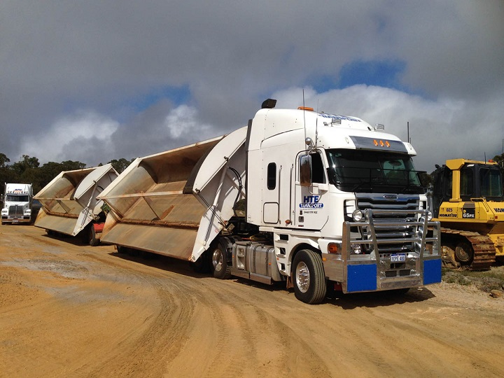 Truck And Trailer A Look At Side Tippers From Afrit Trailers Truck Trailer Blog