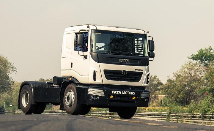 2015-Tata-truck