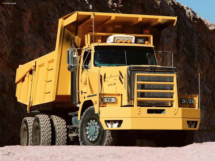 6900XD-Dump-Truck