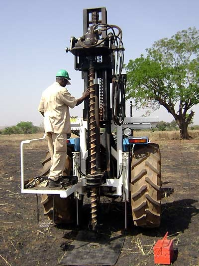 Auger-Drill-Rig