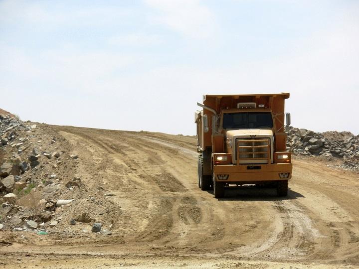 Western-Star-Dump-Truck-6900XD