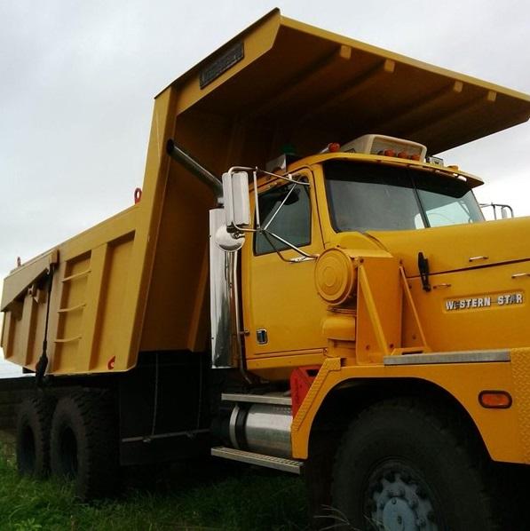 Western-star-dump-truck-6900-side