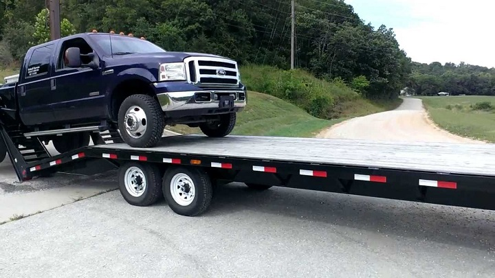 dropdeck-trailers-loading
