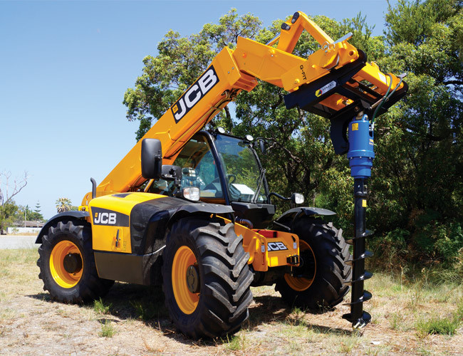 telehandler-with-earth-auger-attachment