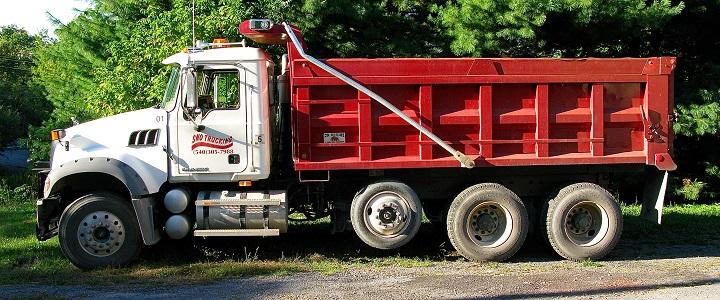 tri-axle-dump-truck