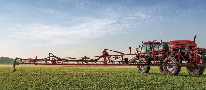 case-crop-sprayer