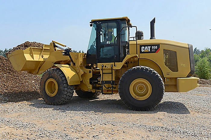 medium sized wheel loader from CAT