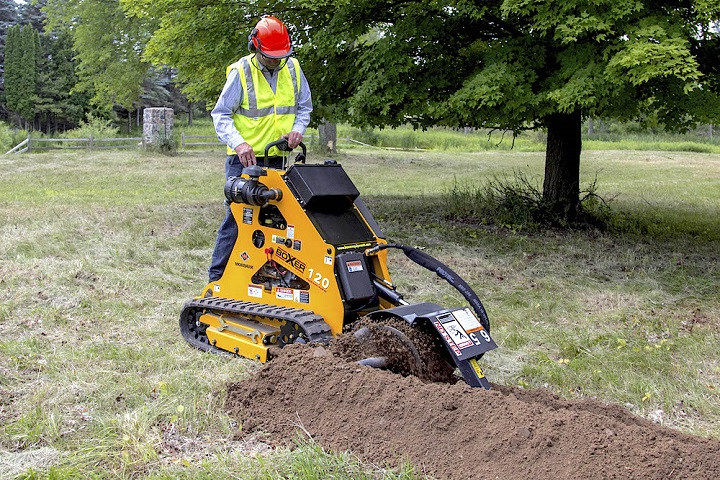 Trenching Machines Working : Trencher designed to dig trenches with power and
