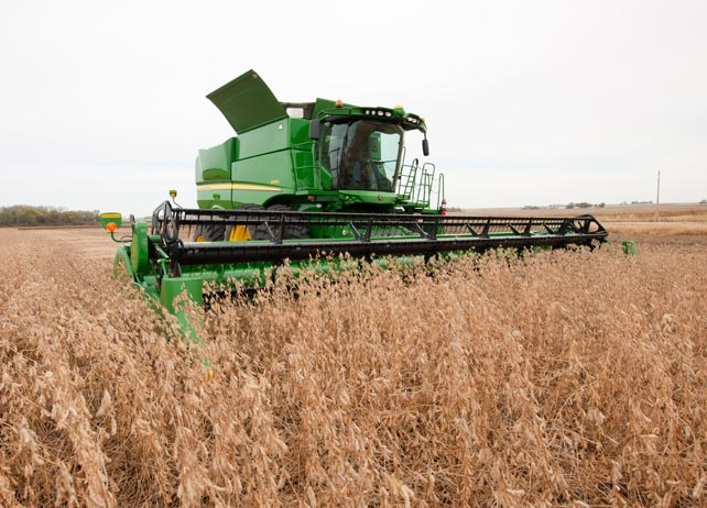 s660 combine harvester from john deere