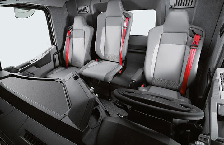 k range renault trucks interior