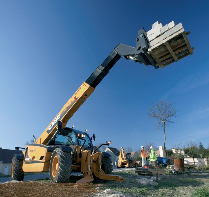 telescopic handler from case