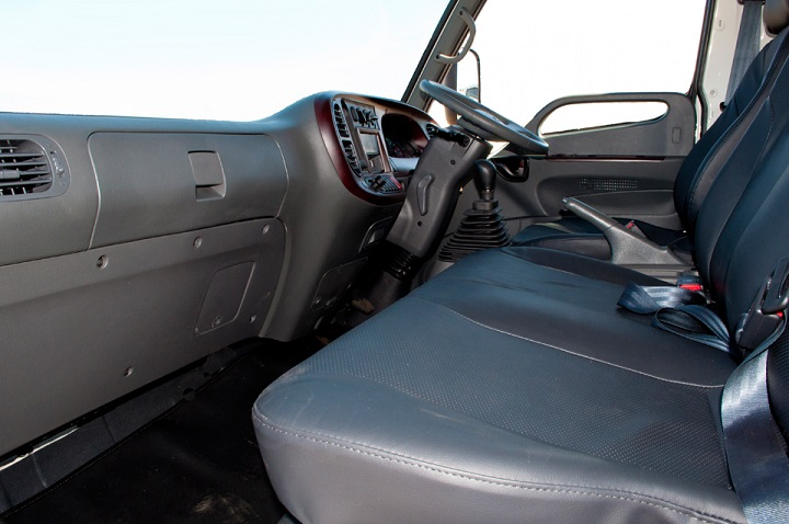 hyundai hd72 interior