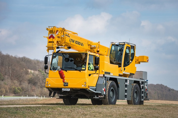 Rigante Telescopic Mobile Cranes : Telescopic liebherr cranes for on and off road use truck