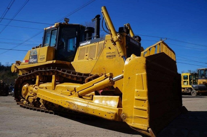 komatsu d155 bulldozer