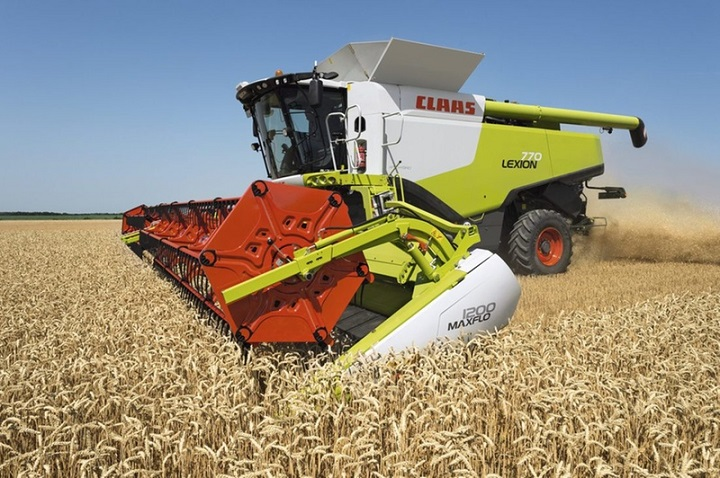 lexion claas combine harvester