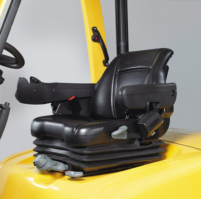 operator seat of the hyster forklift