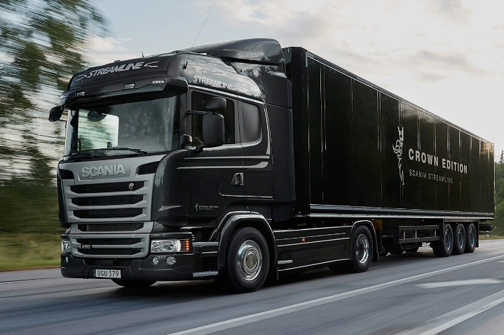 V8 Performance and redefined luxury in the Scania R Series