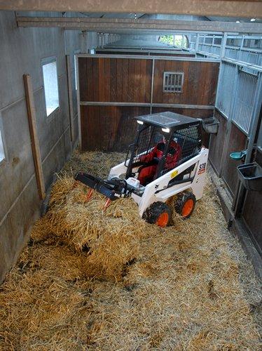 s70 lifting hay