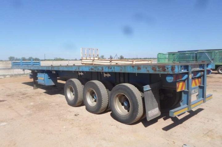 flat deck roadhog trailer