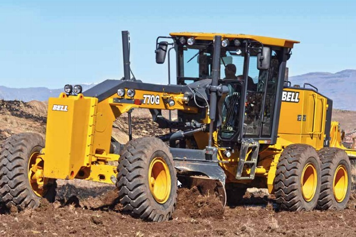 A Look At The Bell G Series Motor Grader Truck Amp Trailer