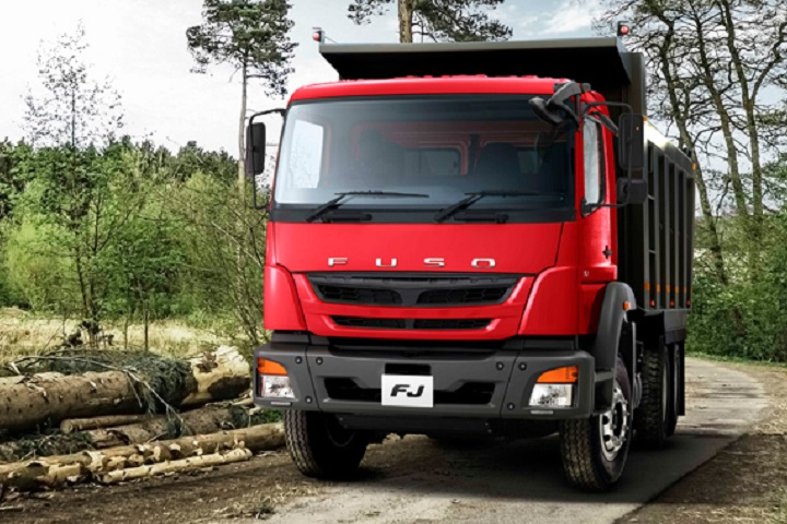 fuso fj truck at work