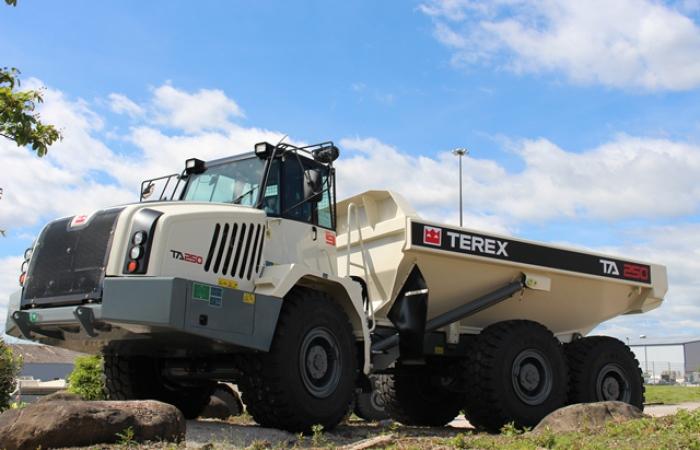 terex t250 articulated dump truck
