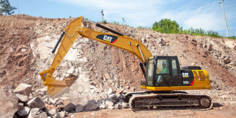CAT 323D L Series Hydaulic Excavator | Truck & Trailer South Africa