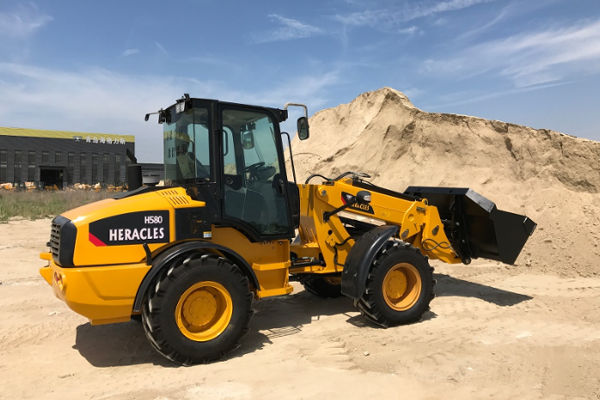 Buy A Heracles H580T Telescopic Handler On Truck & Trailer