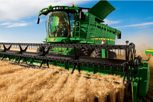 John Deere S670 Combined Harvester | AgriMag