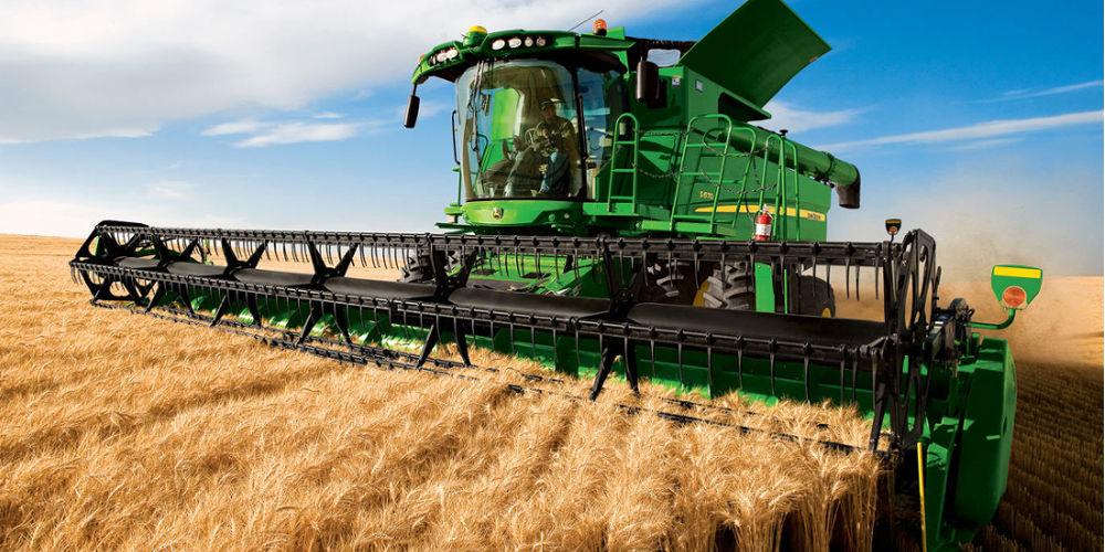 John Deere S670 Combine Harvester | AgriMag