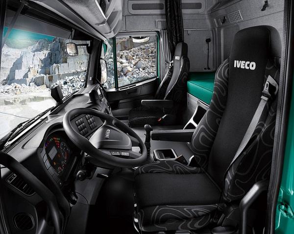 Iveco Trakker SR, Trucks
