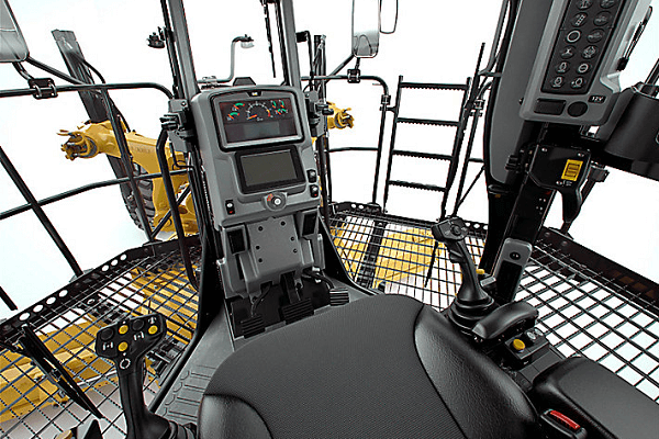 Motor grader operator station maintanence tips