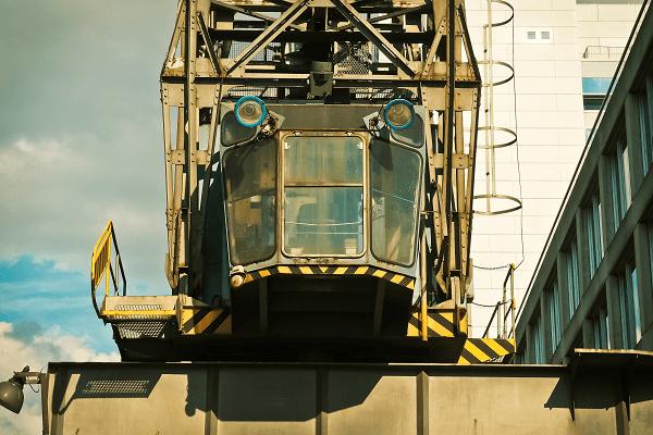 Construction crane | Truck & Trailer